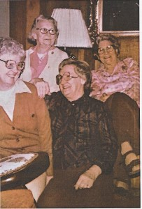 Jean Cunningham & sisters picture 001